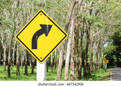 Traffic sign to turn right
