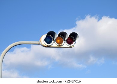 Traffic signals in Japan. The yellow light means careful.