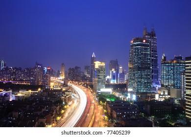 traffic through downtown at night