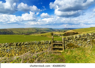 Tragitional Stone Wall and Stile in the Derbyshire Peak District National Park, near Buxton and Macclesfield, England, UK