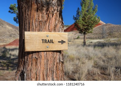 Trail Sign on Red Scar Knoll Trail, John Day Fossil Bed National Monument Oregon