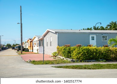Trailer Mobile Homes in South Florida