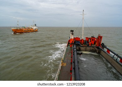 A Trailing Suction Hopper Dredger (TSHD) is mainly used for dredging loose and soft soils such as sand, gravel, silt or clay. One or two suction tubes