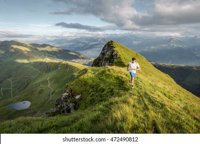 Trailrunner in the mountains