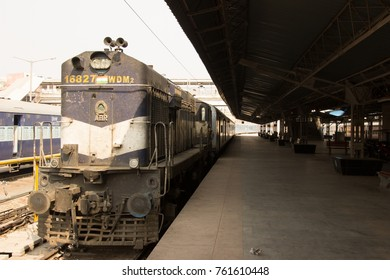 train in Agra Station