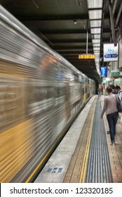 Train arriving in a Sydney Subway station.