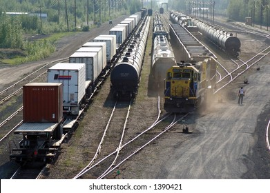 Train connects to coal cars