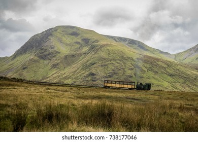 train going up snowdon mountain