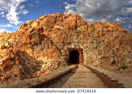 Train tracks and tunnel in the middle of the Anza-Borrego Desert. San Diego and Arizona Railroad (SD&AE) / Carrizo Gorge Railway