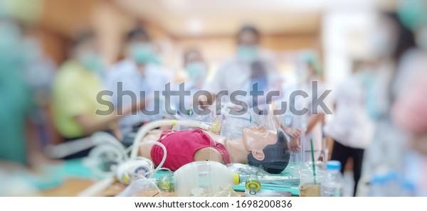Training for endotracheal intubation using medical dummy