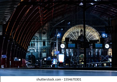 trainstation of antwerp at night