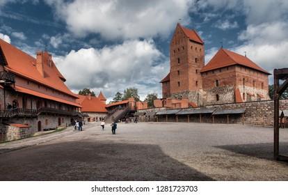TRAKAI, LITHUANIA-JUNI 26, 2018: Courtyard of Trakai Castle.