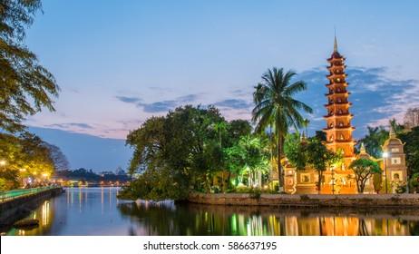 Tran Quoc pagoda, Hanoi cityscape