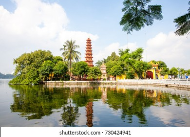 Tran Quoc Pagoda,the oldest Buddhist temple in Hanoi, is located on a small island near the southeastern shore of Hanoi's West Lake, Vietnam.