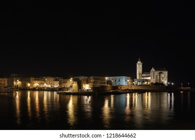 Trani night reflections