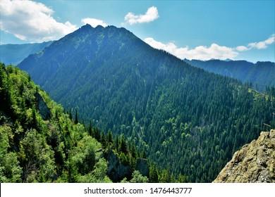 Transfagarasan from the Fagaras mountains