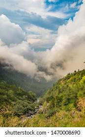 Transfagarasan valley under the fog portret