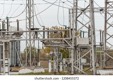 Transformer substation, high-voltage switchgear and equipment