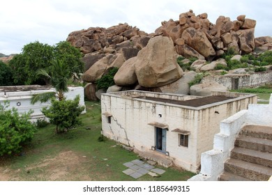 Translation: A white ashram across the main island of Hampi (Anegundi). Taken in India, August 2018.
