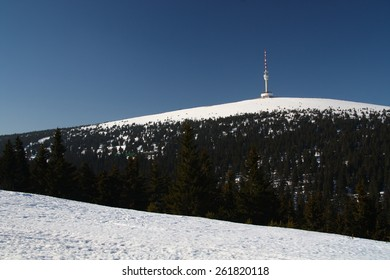 Transmitter tower in czech mountains