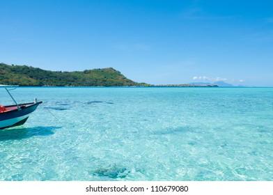 Transparent blue green water !