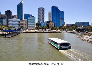 Transperth Ferry boating into Elizabeth Quay,Perth/Ferry to Elizabeth Quay/PERTH,WA,AUSTRALIA-FEBRUARY 13,2016: Transperth ferry boating into Elizabeth Quay with cityscape in Perth, Western Australia.