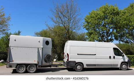 Transport truck for horses