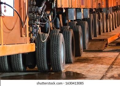 a Transporter wheels to move heavy bulk.
