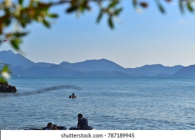 TRAT, THAILAND - JANUARY 1, 2018 : Many people, travel the sea in New Year holidays