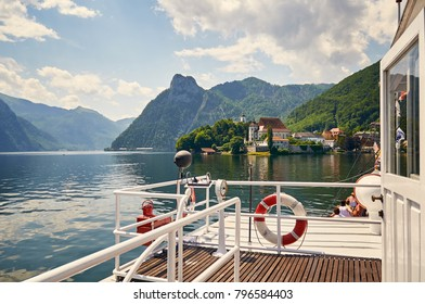 Traunsee lake in Alps mountains Beautiful Austrian landscape, Traunsee Gmunden