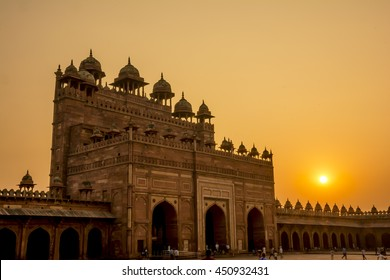 Travel in Agra, India: Sunset at Fatehpur Sikri Old, Agra, India.
