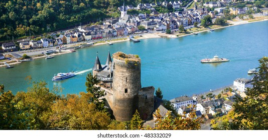 Travel in Germany. Beautiful romantic castles of Rhine river .view of Katz castle and St.Goarshausen town