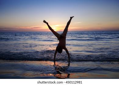 Travel girl, beach girl, silhouette of a girl