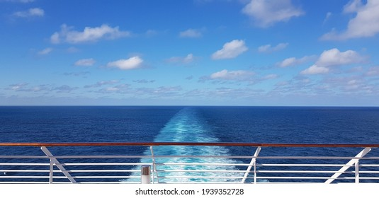 travel ship looking at the ocean