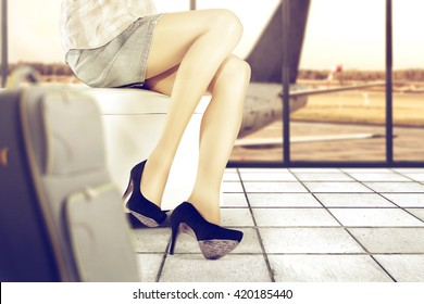 travel time and airport and woman