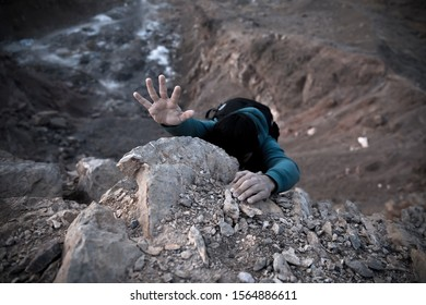 traveler man to climb in rock