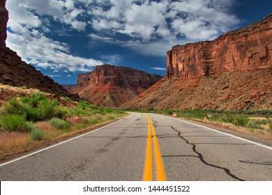 traveling the 128 along the Colorado River, Utah, USA