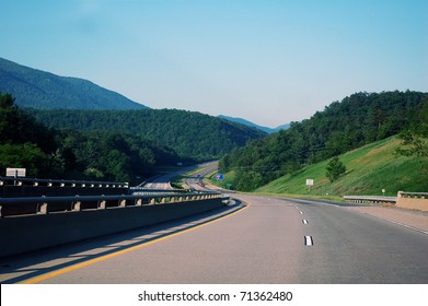 Traveling Interstate 64 West, Western Virginia, USA