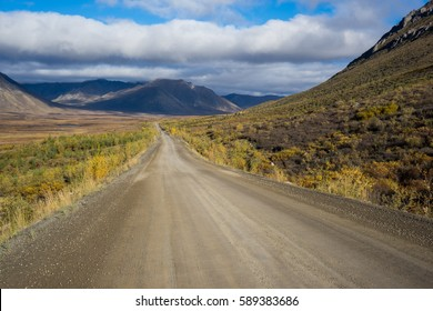 Travelling along the Dempster Highway in the Canadian Arctic