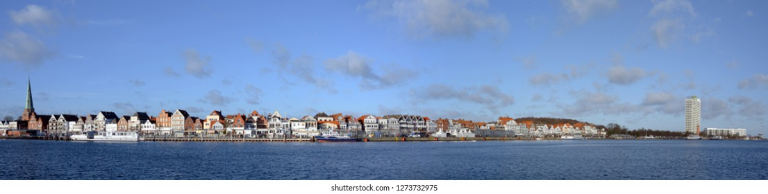 TRAVEMUENDE, GERMANY, DECEMBER 30, 2018: panorama of the city of Travemuende, tourist destination with port and beach on the Baltic Sea in the Luebeck bay, copy space