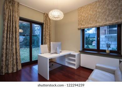 Travertine house - modern interior home office