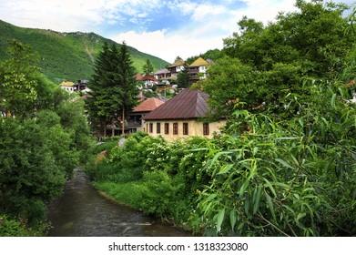 Travnik/ Bosnia and Herzegovina: Traditional bosnian houses