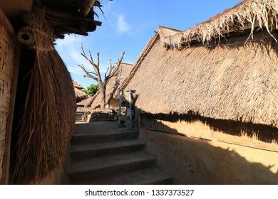 Trditional Sasak sade village in Lombok island, Indonesia.