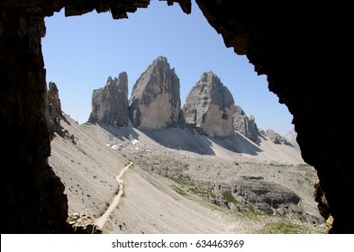 Tre Cime di Lavaredo (Drei Zinnen, Dolomites, Italy