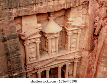 The Treasury, Al-Khazneh, elevated view, Petra, Ma'an Governorate, Jordan