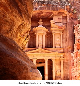Treasury in Petra (Al Khazneh), Jordan