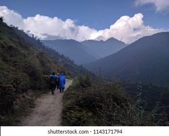 A trek to Mystery Lake of Uttarakhand i.e. Roopkund Lake is a must-do for an avid trekker! Enclosed by mountains, this is the perfect place for taking some amazing photographs.