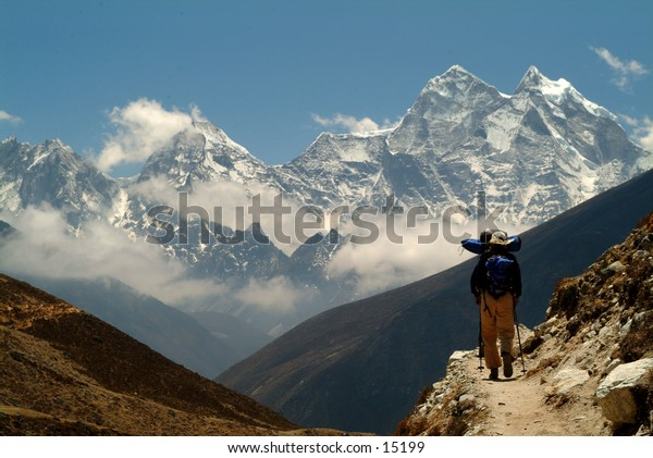 Trekking in the High Himalayas 2