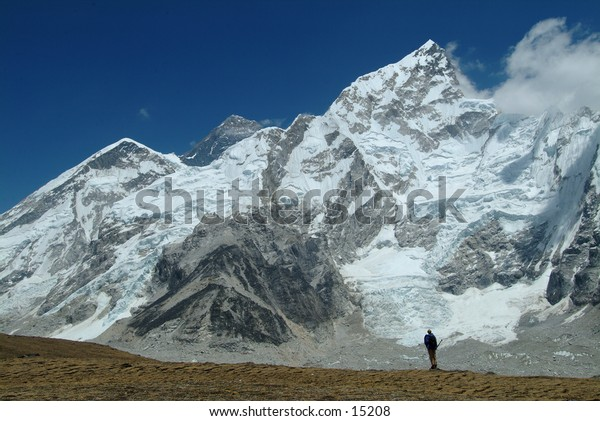 Trekking in the High Himalayas 4