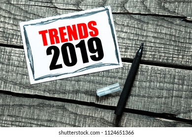 TRENDS 2019 inscription in notepad on table